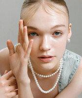 화려한 주얼리와 뷰티 룩의 만남 Jewels on Face