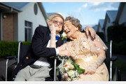 """둘이 합쳐 193세 신혼부부 탄생…""""다시 젊어진 느낌"""""""