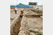 광화문광장에 묻혀 있던 '조선 육조거리' 흔적 발굴