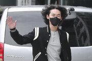 """허지웅, 'D.P.' 감상평…""""숭고한 시간, 낭비되지 않길"""""""