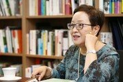 """[심규선의 연극인 열전]번역·드라마투르그 김미혜 교수 """"아직도 할 일이 참 많다"""""""