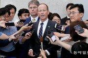 """스틸웰 """"美, 北 체제보장 이해관계 감안…협상테이블로 이끌 것"""""""