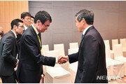 정경두-고노다로, 태국서 '비공식 회동'…수출규제 철회 설득