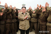 """美전문가 """"北, 사실상 핵보유국…높은 기회비용 치러"""""""