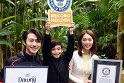 지리산둘레길 기네스 세계기록 등재 뒤엔 다우니 '한국 야생화 보호 캠페인'