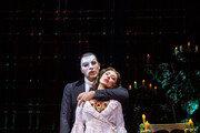 브로드웨이서 멈춘 뮤지컬 '오페라의 유령', 서울서 약속지켰다