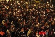 인도, 뉴델리 버스 성폭행범 4명에 교수형 집행…사건 발생 8년 만에
