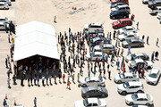 국제선 끊고 정부기관 폐쇄한 쿠웨이트… 임시 식료품 매장 운영