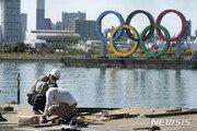 올림픽 연기 비용 3조원 누가?… '일본 vs IOC' 힘겨루기 시작