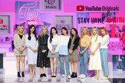 유튜브 '트와이스:시즈 더 라이트' 다큐 공개…연습생서 아시아 원톱 '트와이스 탄생기'