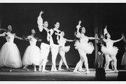 한국 공연예술의 역사 '국립극장 70년史'에 다 있네!