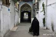 이란 코로나19 신규 확진자 802명…54일만에 최저