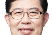 """한국당 비례대표 윤창현 """"핀테크 지원 대책 통합하는 법안 만들 것"""""""