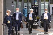 韓기업인 467명 '신속통로'로 中 입국…일본과 논의는 '아직'