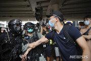 세계의 화약고 된 홍콩…무엇이 젊은이들 거리로 내몰았나