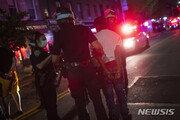 '비무장 흑인 사망' 분노한 美…뉴욕서 시위대 200명 체포