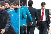 '2002 월드컵 영웅' 대결… 후배 김남일, 최용수에 승리