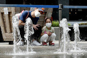 [날씨]전국 흐리다 낮부터 갬…남부지역 33도 육박