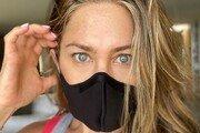 """제니퍼 애니스톤 """"마스크 착용해!"""" 강력 권고…리즈 위더스푼 """"맞는 말"""""""
