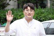 """김호중 """"母로 인한 피해 책임지고 해결…전 매니저와도 오해 풀고파"""""""