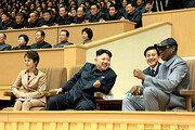 """트럼프 """"김정은이 정말 좋아하는 로드먼…北과 협상에 활용해야"""""""