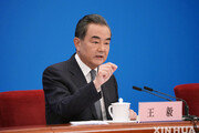 내달 방일 추진 中 왕이, 한국 찾아 '시진핑 방한' 논의할까