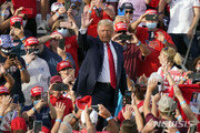 """""""트럼프 지지자 중 59%, 바이든 승리하더라도 인정할 것"""""""