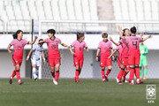 여자 축구대표팀, 스페셜매치 2차전서 U-20대표팀에 2-0 승