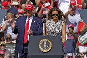 트럼프, 펜실베이니아 '올인' vs 바이든, 오바마와 첫 공동출격