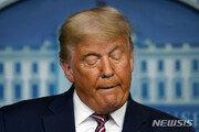 트럼프, 패배 인정하면서도 '승복 선언' 미루는 이유는?