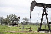 국제유가 선물, OPEC+ 산유량 유지 기대에 1% 이상 오름세