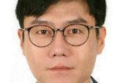 """""""靑, 대북전단법 美분노 몰라"""" 젊은 인권 활동가의 경고[광화문에서/윤완준]"""
