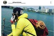 [e글e글] 박은석, 배낭 속 강아지와 라이딩까지 '논란'