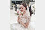 """최여진, 웨딩드레스 자태 공개 """"결혼 아직 안해요"""""""