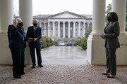 美 옐런 재무, 해리스 부통령 앞에서 취임 선서