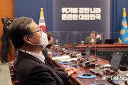 신현수 사의 본질은… '대통령 패싱' 진압하려다 실패?