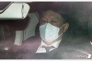 """검사들 """"尹총장 작심발언 속시원하다""""…집단행동은 '신중'"""