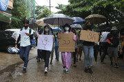 """""""미얀마 군사법원, 19명에 사형선고…장병 살해 등 혐의"""""""