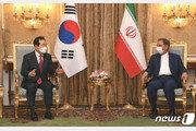 [사설]이란核 갈등에 발들인 한국, 누울 자리 보고 발 뻗어야