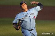류현진, ML 통산 60승 달성…양키스 제압 시즌 첫 승
