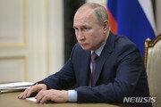 러시아, 美제재에 보복 조치…미국 외교관 10명 추방