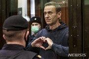 러시아, 단식 중인 나발니의 죄수전용 병원이송 결정