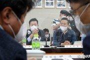 文정부 마지막 최저임금 논의 시작…'1만원 vs 동결'