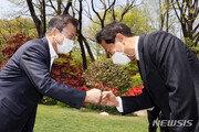 """오세훈, 文정부에 """"규제완화"""" 市는 """"투기차단""""…재건축·재개발 활성화 '투트랙'"""