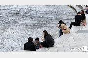 [날씨]서울 낮 27도 연이틀 '초여름 더위'…미세먼지도 '나쁨'
