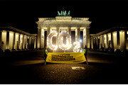 獨브란덴부르크 門 앞서 불 밝힌 'CO2'