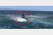 23사단 레이더병 '매의 눈'…전복된 어선 선원들 살렸다