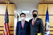 황교안, 美에 백신 1000만개 전달 요청…韓생산기지 제안도