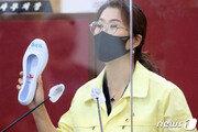 백고무신 등장한 '백신 사기 공방'…권영진 vs 이진련 50분 설전