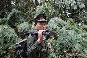 """""""우린 너희와 달라""""…미얀마 무장단체, 대량학살 주장 군부에 반박"""